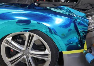 Reflective-chrome-blue-vinyl-wrap